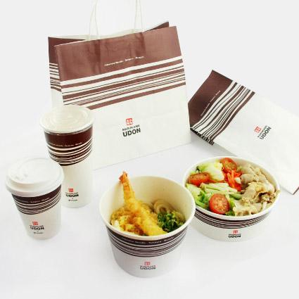 Vi erbjuder förpackningar som skyddar och levererar färska livsmedel enligt hygienstandard. Förpackningar med tryck